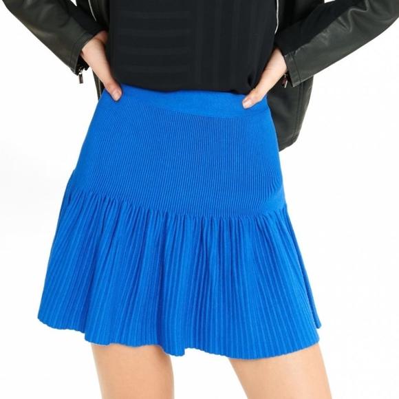 44241e1b4e Express Skirts   Drop Waist Pleated Sweater Mini Skirt   Poshmark